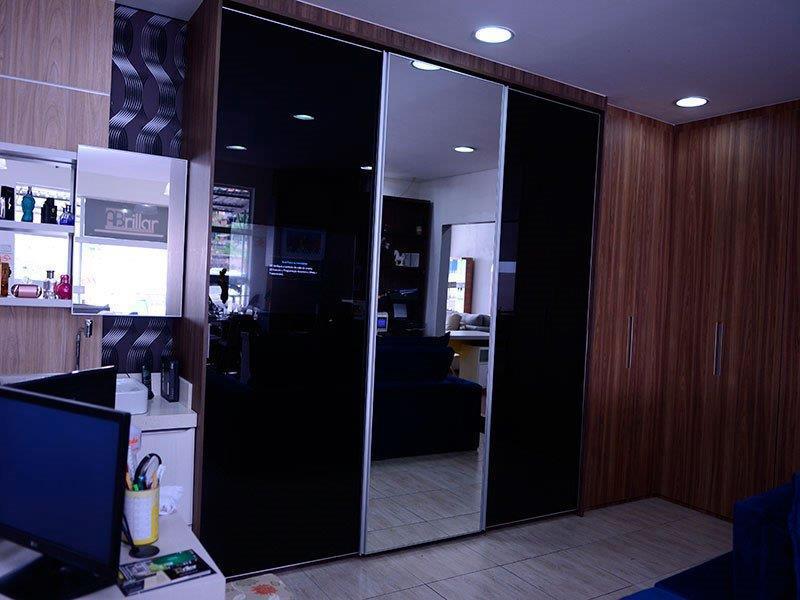 Móveis planejados painel de tv para quarto
